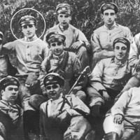 El cadete Juan Domingo Perón egresa del Colegio Militar de la Nación como Subteniente de Infantería en 1913