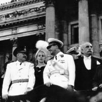 El Presidente de la Nación, Juan D. Perón, Eva Perón, el vicepresidente Hortensio Quijano y el gobernador de la provincia de Buenos Aires, Domingo Mercante, asisten al acto de la Jura de la nueva Constitución Nacional (1949)