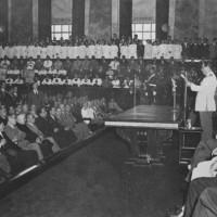 """El año 1950 fue declarado """"Año Sanmartiniano"""" y fue inaugurado en el mes de enero en el Aula Magna de la Facultad de Derecho"""
