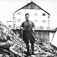 El teniente coronel Perón es designado para cumplir una misión de estudio en Europa, con residencia en Italia (1939-1940)