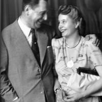 Perón y Evita en la casa de Gobierno, poco antes del viaje que Eva Perón realizaría a Europa (1947)