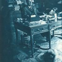 El general Perón en el despacho de su casa de Puerta de Hierro